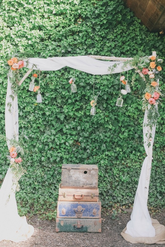 So in love with this birch arch!
