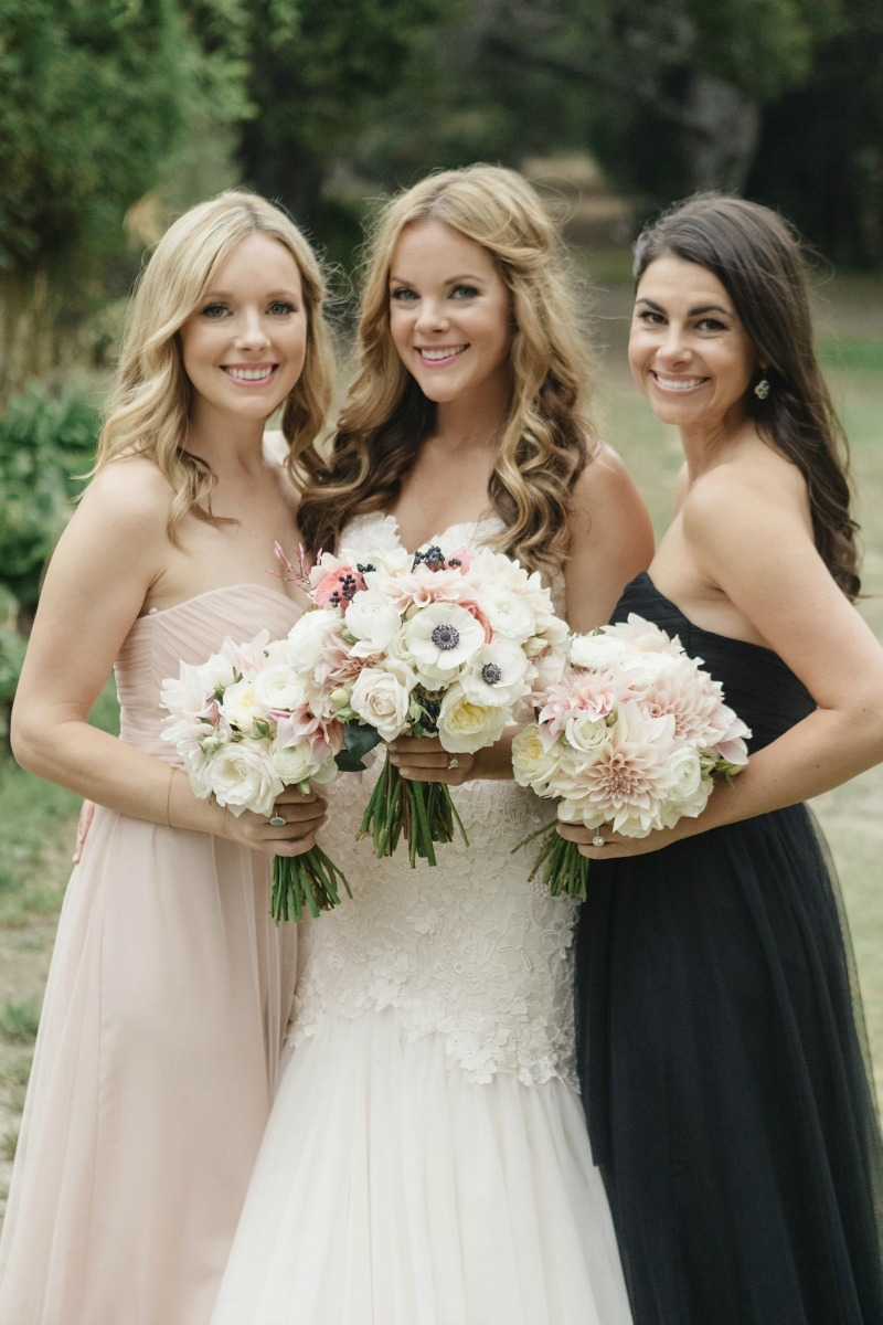 The beautiful bride and her maids! Beautiful wedding at Rancho Soquel. Flowers by Seascape Flowers. Photography by Jana Williams Photography. Coordination by The Wedding Connection. Cake by The Buttery.