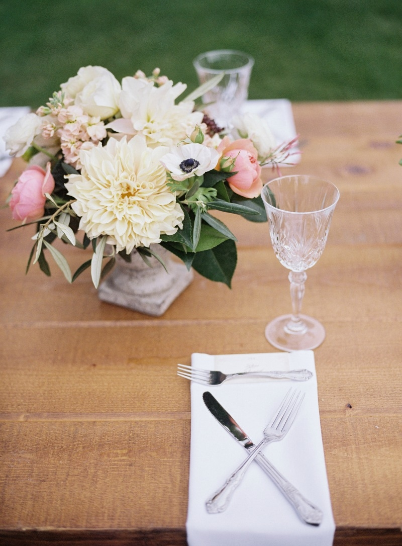 Stunning centerpieces! Beautiful wedding at Rancho Soquel. Flowers by Seascape Flowers. Photography by Jana Williams Photography. Coordination by The Wedding Connection. Cake by The Buttery.