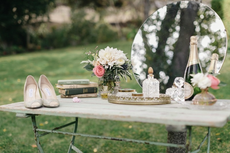 This was such a fun outdoor vanity to style out! Beautiful wedding at Rancho Soquel. Flowers by Seascape Flowers. Photography by Jana Williams Photography. Coordination by The Wedding Connection. Cake by The Buttery.