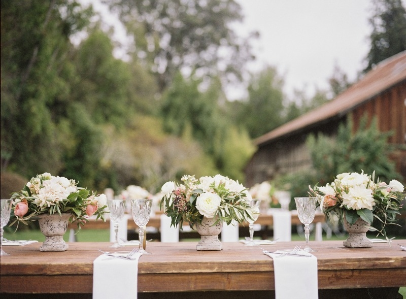 I'm so in love with this venue! Beautiful wedding at Rancho Soquel. Flowers by Seascape Flowers. Photography by Jana Williams Photography. Coordination by The Wedding Connection. Cake by The Buttery.